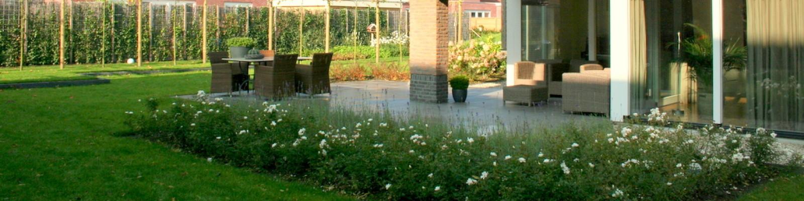 Inspiratie voor uw nieuwe tuin tuinontwerp groningen for Tuinarchitect modern strak