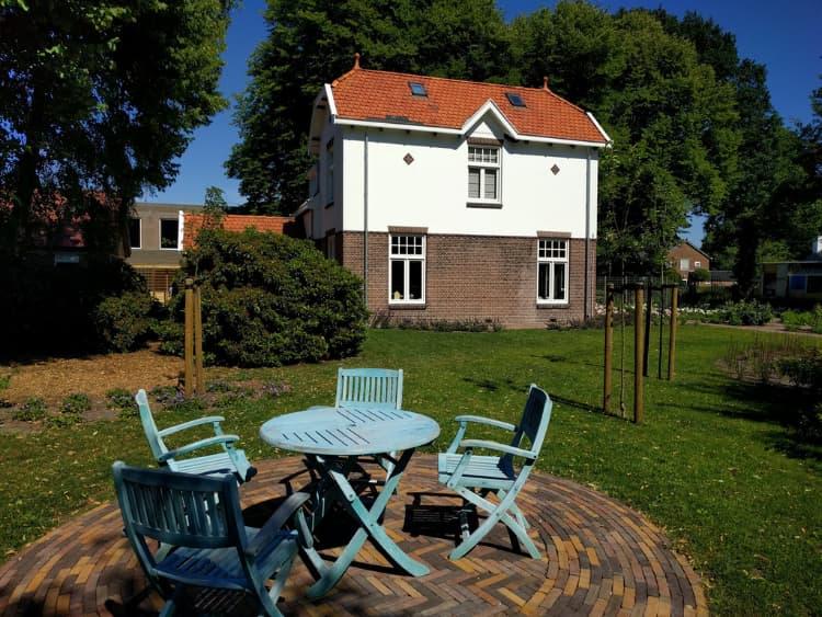 klassieke-engelse-tuin-Heerenveen-10