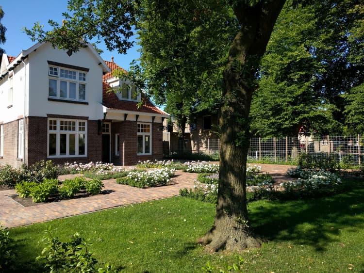 klassieke-engelse-tuin-Heerenveen-2