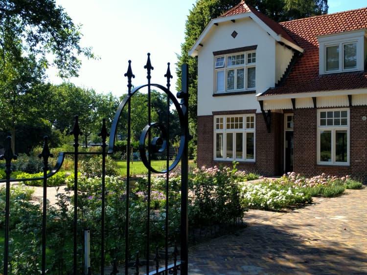 klassieke-engelse-tuin-Heerenveen-4