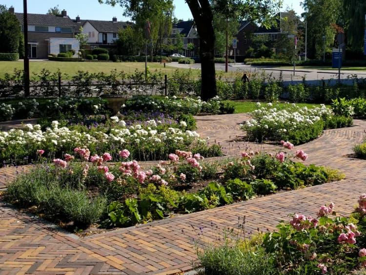 klassieke-engelse-tuin-Heerenveen-6