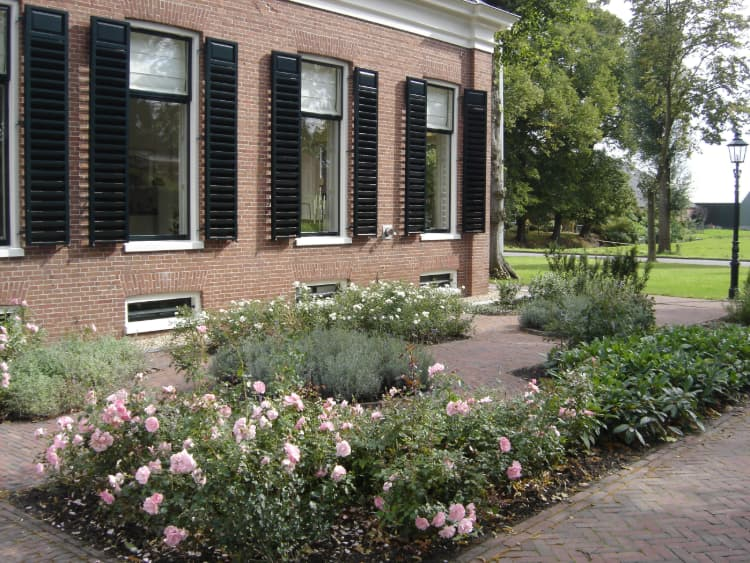 klassieke-tuin-finsterwolde-2