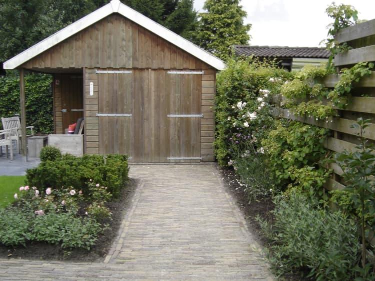 strakke-romantische tuin-eelde-2