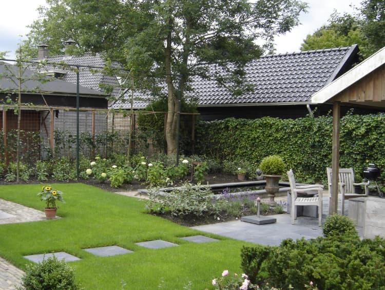 strakke-romantische tuin-eelde-5