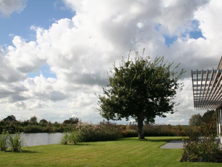 tuin-aan-vaarwater-goingarijp-12